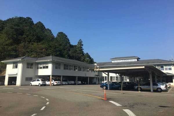 徳島かいふ自動車学校校舎