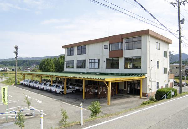 七尾自動車学校の校舎