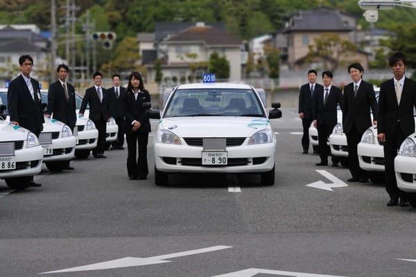 指定自動車教習所は卒業後のメリットが大